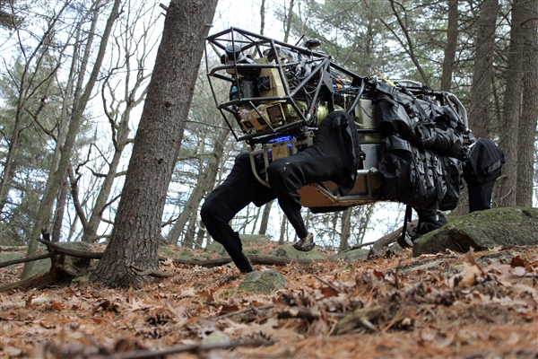 pentagon-robot.jpg